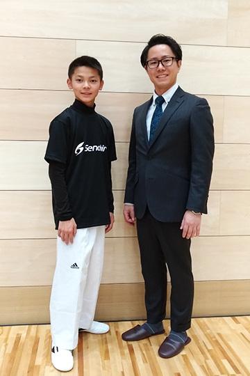 左:千崎選手 右:セノビル副代表岩中
